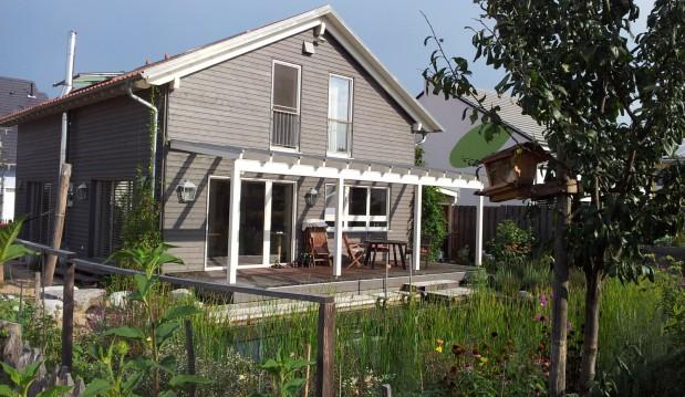 St. Leon-Rot: Biologisches Holzhaus