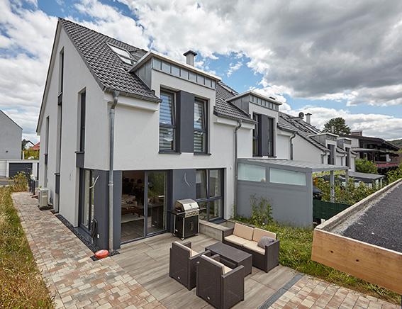 65779 Kelkheim: Moderne Doppelhaushälft mit gehobener ...
